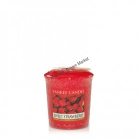 Votive sweet strawberry