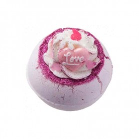 Boule de bain fell in love with a swirl